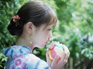 Phụ nữ Nhật Bản nổi tiếng với nét đẹp trẻ trung, làn da trắng sáng