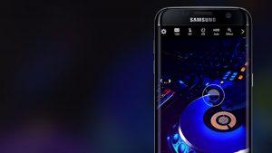 Tính năng trợ lý ảo Bixby được cài đặt trên smartphone và được trang bị một nút riêng.