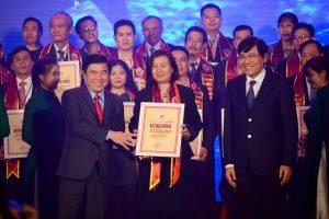 VinEco đạt danh hiệu hàng Việt Nam chất lượng cao năm 2017