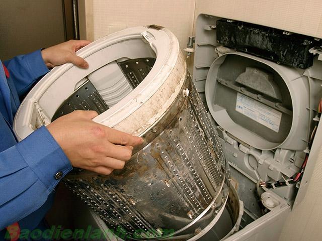 Cách vệ sinh máy giặt electrolux sao cho đúng cách