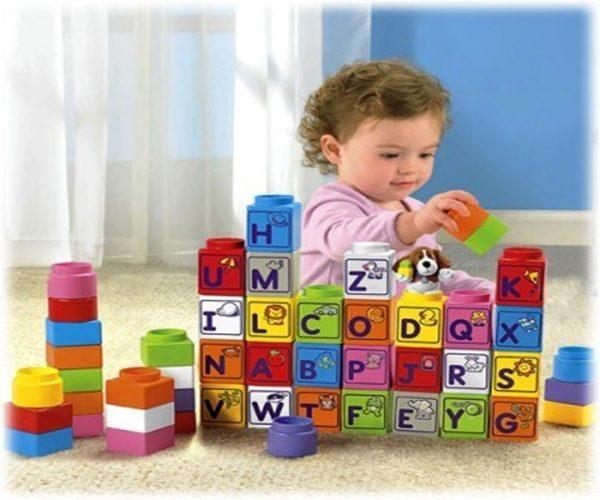 Đồ chơi giáo dục có tác dụng thúc đẩy các noron thần kinh của trẻ
