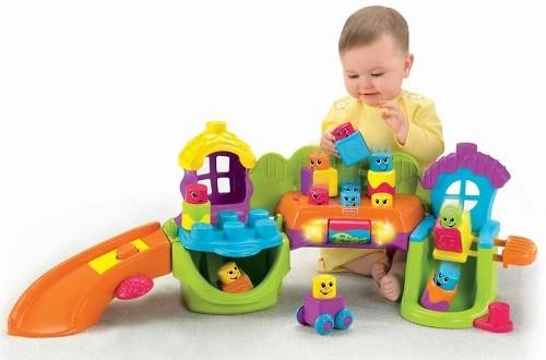 Giúp bé phát triển toàn diện với đồ chơi giáo dục