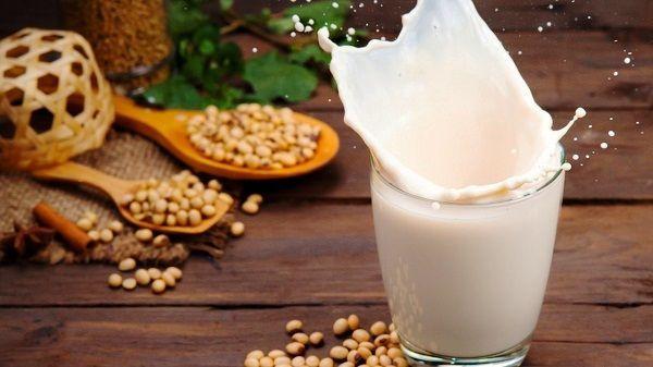 Những lưu ý khi uống sữa đậu nành cần biết để đảm bảo an toàn