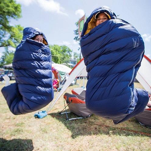Túi ngủ du lịch là những chiếc túi ngủ phải đảm bảo tính gọn nhẹ