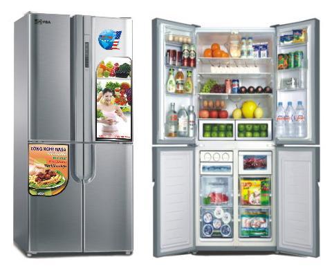 Thức ăn chia thành từng nhóm trong tủ lạnh