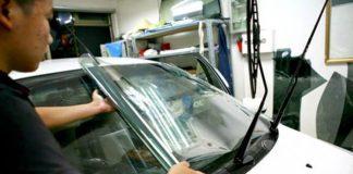 Nên dán phim cách nhiệt kính lái ô tô