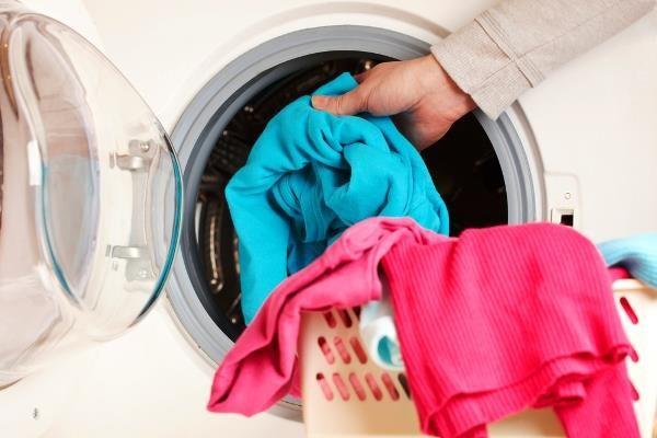 Nên ngâm quần áo bao lâu trước khi giặt