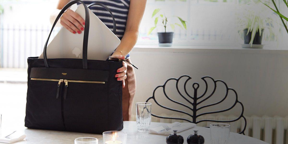 Túi xách thể hiện phong cách thời trang và cá tính của chủ nhân của nó