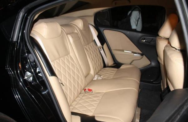 Tiến Dịu Auto luôn cam kết đem đến chất lượng dịch vụ hoàn hảo nhất